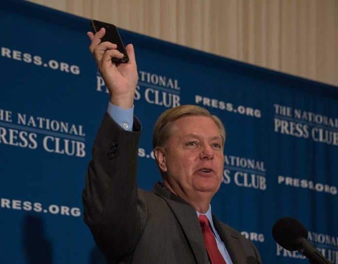 Lindsey Graham Introduces Bill to Target Illegal Immigration Abuse